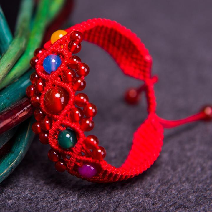 红绳缘编织人生