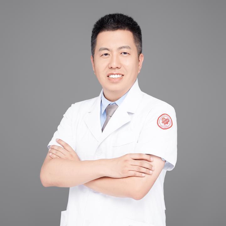 陈晨脑科医生